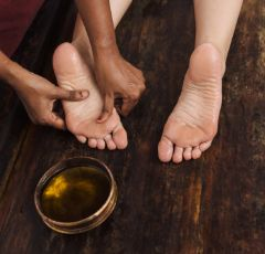 What Ayurvedic massage does to the body